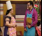 Tu Mere Agal Bagal Hai - Ep 34 - 20th August, 2014 - Cooking competition between Khandvi and Basundi