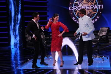 Kareena & Imran dance with AB