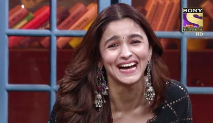 Ep 32 - Star Cast Of Kalank Cant Get Enough Of Kapil